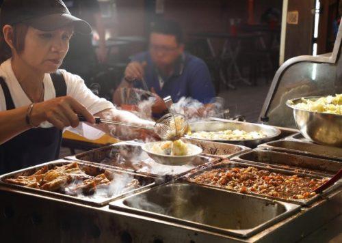 萬華阿義魯肉飯