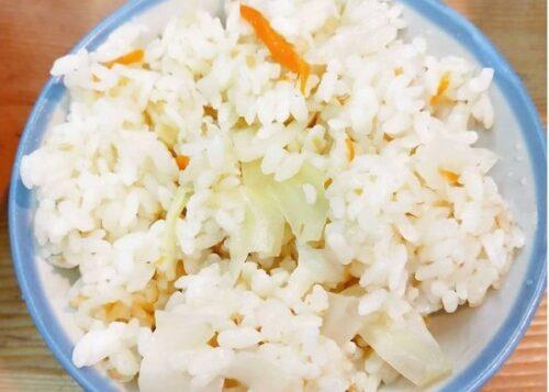 高麗菜飯 原汁排骨湯